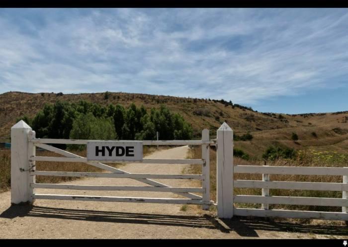 Shadowfox Creative (Mark Fox) - Hyde, Rail Trail
